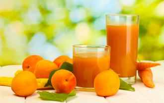 apricots and juice